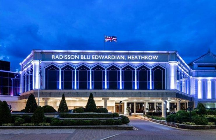 Radisson Blu Edwardian, Heathrow-min